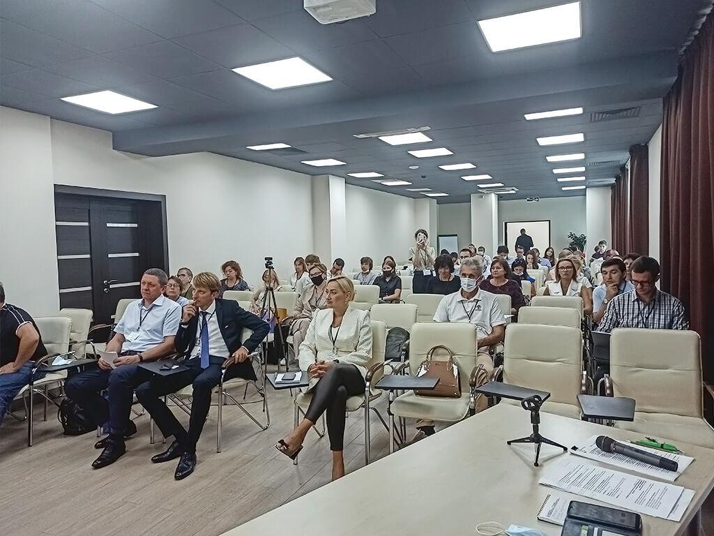 Участники отчётной конференции грантодержателей