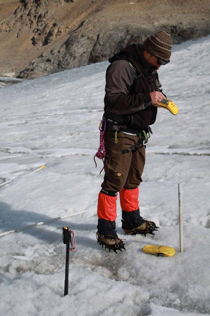 О.О. Рыбак Определение спутниковых координат ледник Мортерач Швейцария