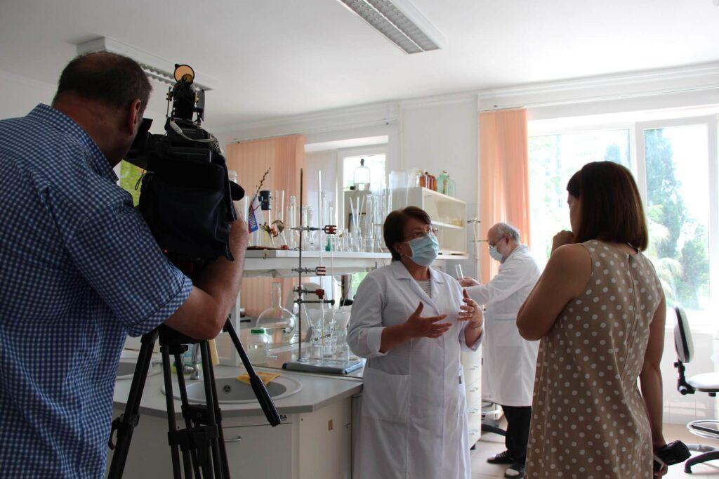 Запись телеинтервью о работе лаборатории