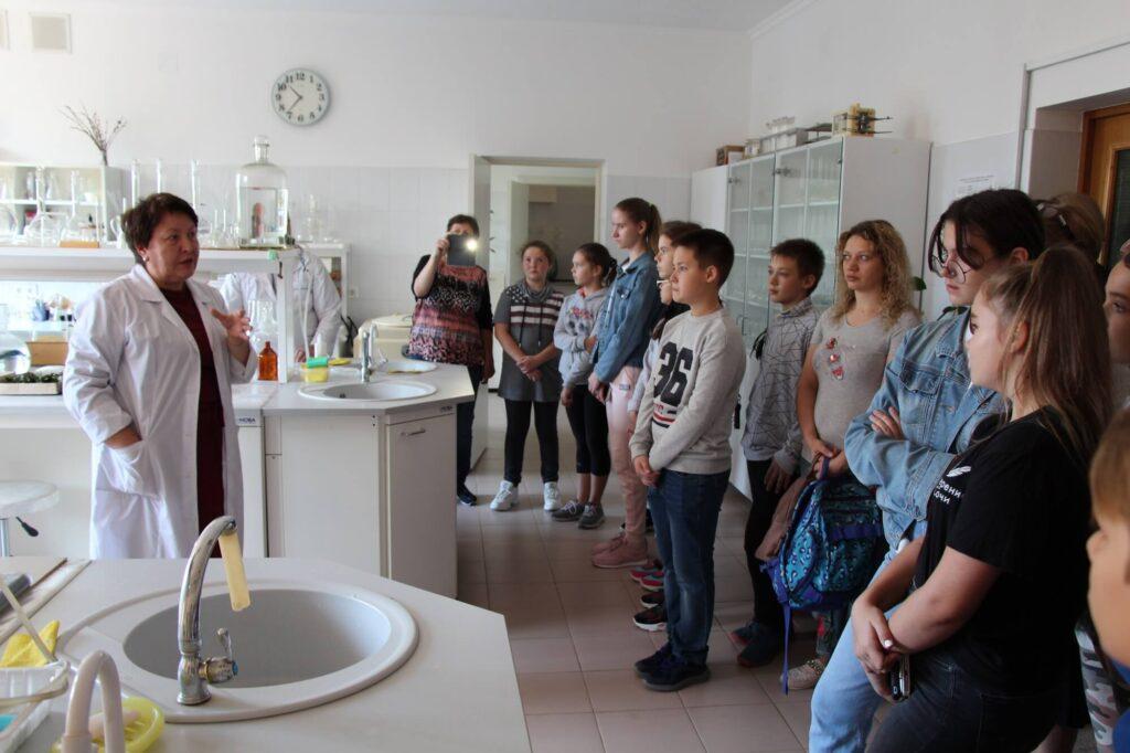 Школьная экскурсия (Козлова Н.В.)